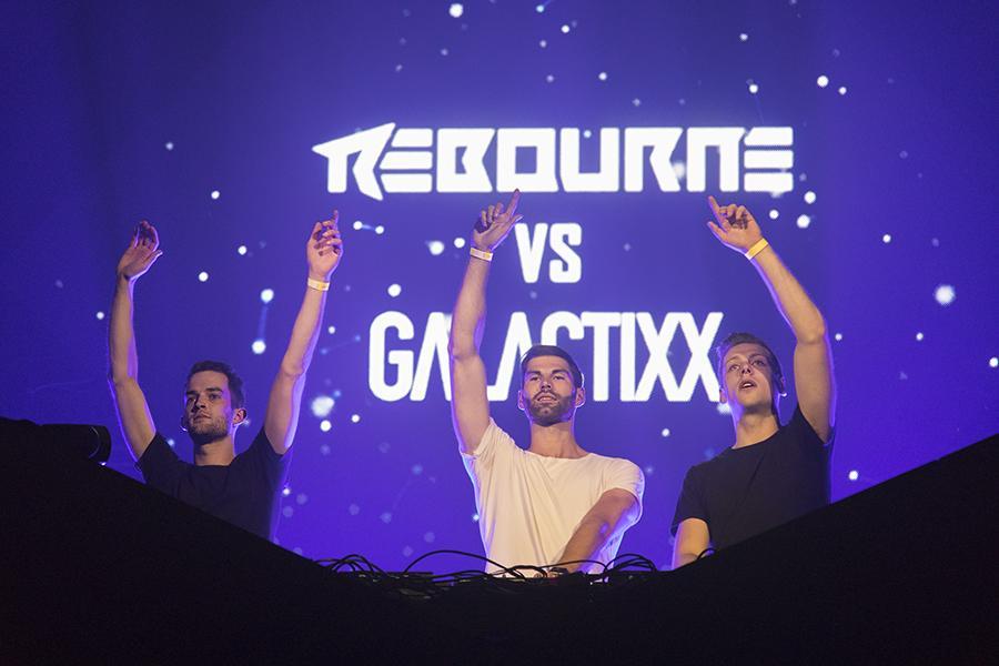 Rebourne vs. Galactixx