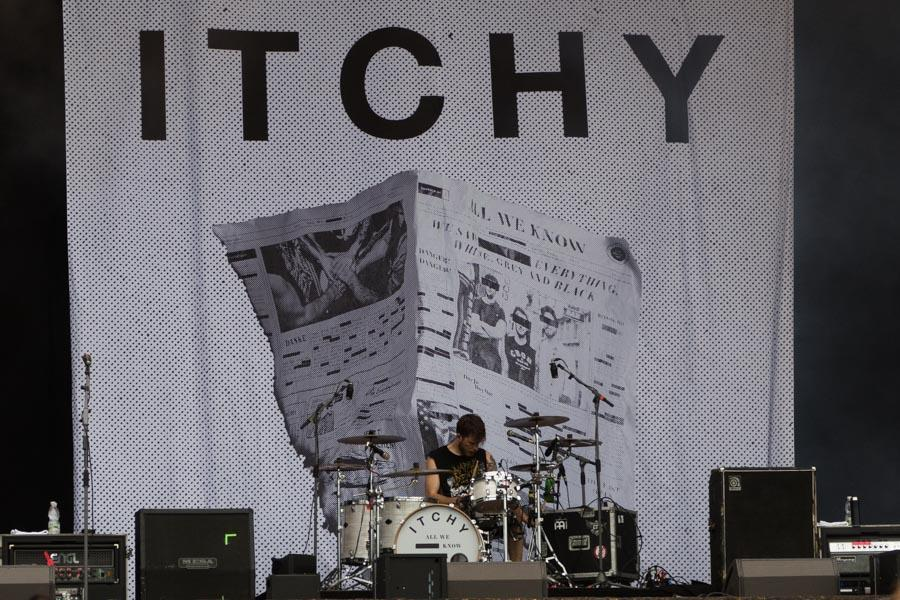 Itchy Logo