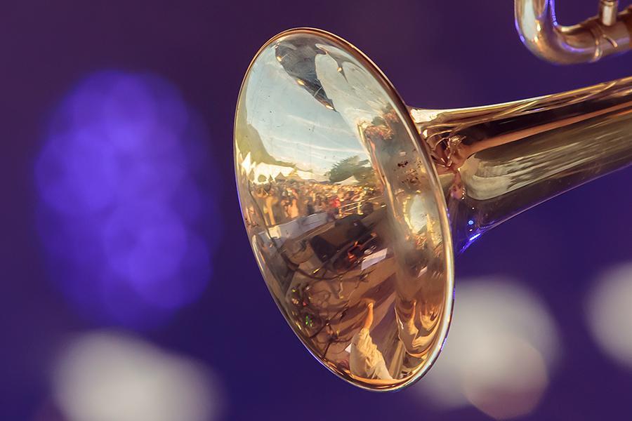 Spiegelung in Trompete